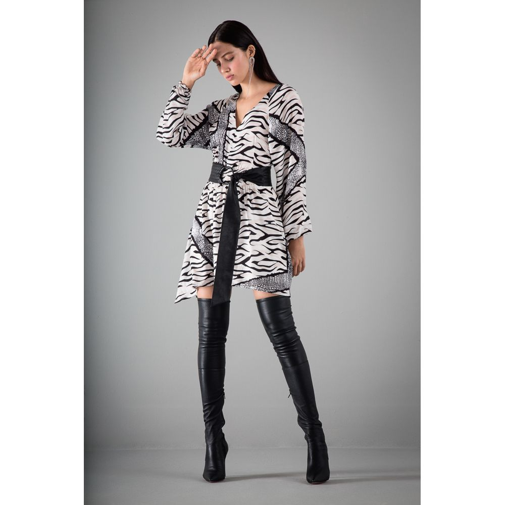Vestido-Animal-Print---Preto-Branco