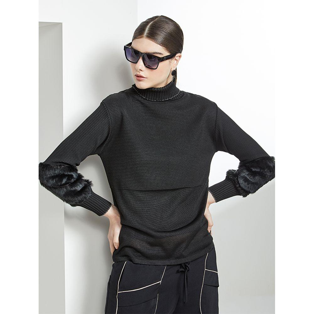 Blusa-Tricot-Detalhe-Pelo